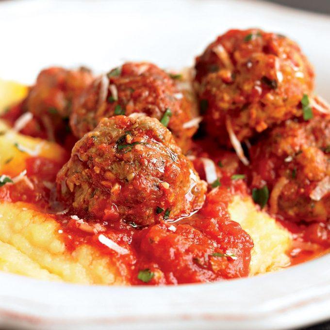 healthy-meatballs-polenta